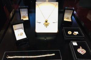 licitatii de bijuterii